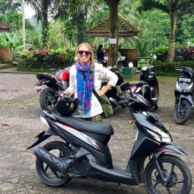 Riding through Ubud to the Temples