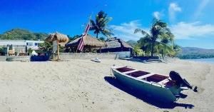 Silver Fern Beach Retreat in Sekotong